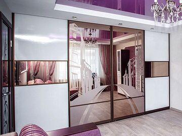 Шкаф в гостиную на всю стену